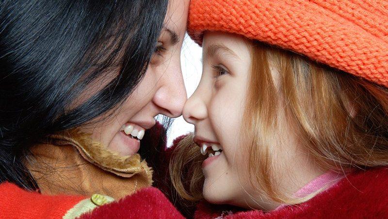 אמא ובת עם אף מושלם - גם את יכולה